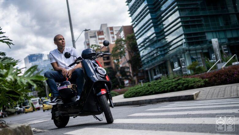 Rentar vehículos eléctricos, otra opción de movilidad