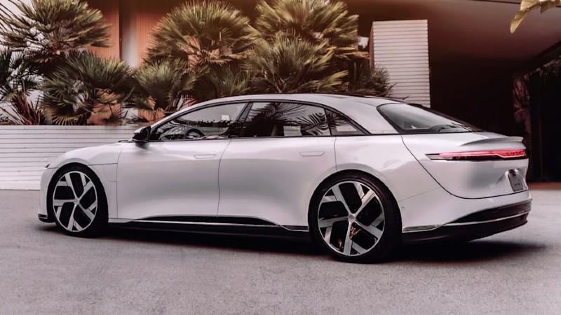 Pirelli y su neumático para carros y SUV´s híbridas y EV